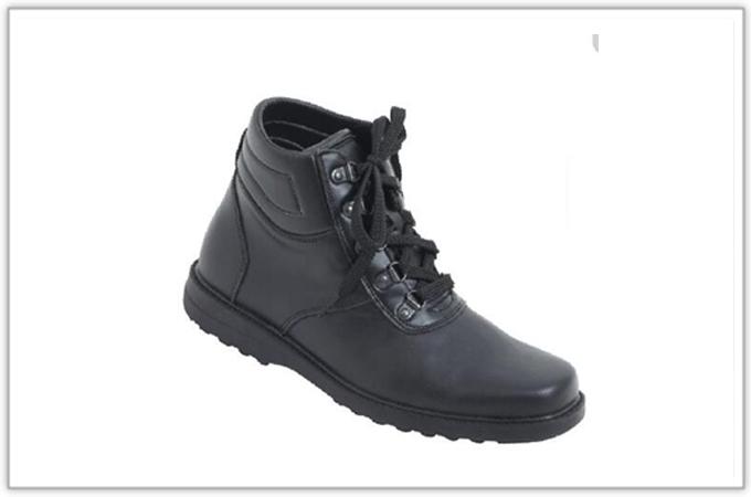 736M行政皮鞋